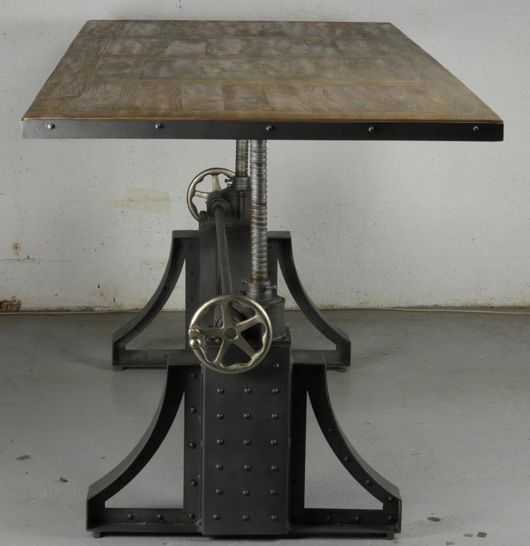 Grande table de repas relevable manivelle de style for Table repas style industriel