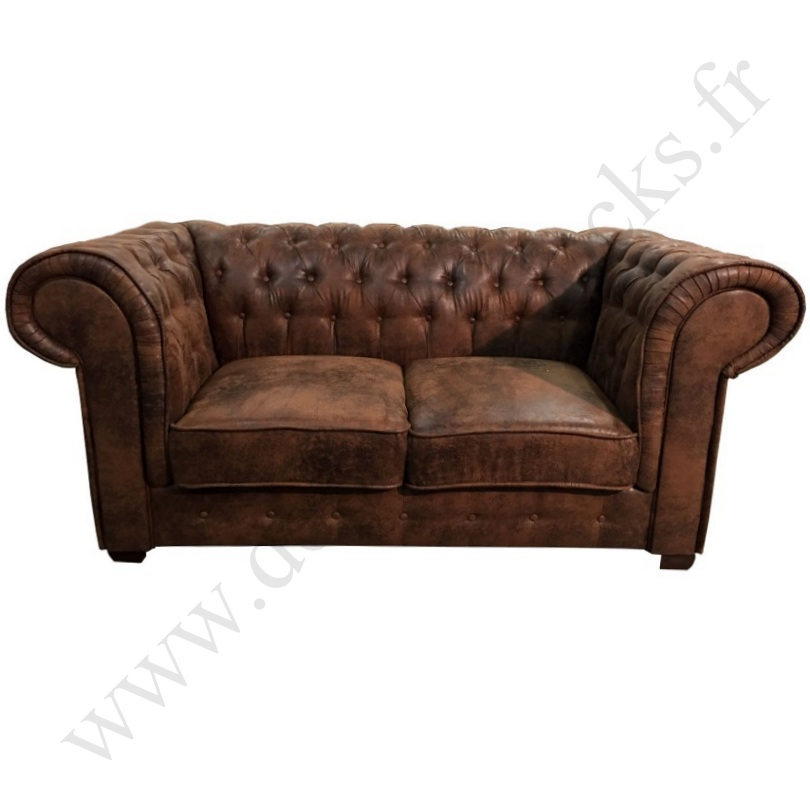 canap 2 places de type chesterfield en tissu microfibre fa on cuir vieilli le d p t des docks. Black Bedroom Furniture Sets. Home Design Ideas