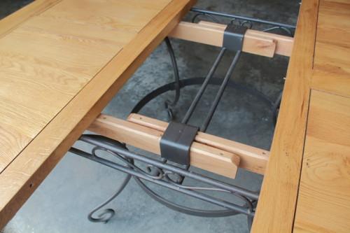 Table de repas carrée 140 DUBLIN pied fer forgé + 1 allonge de 40cm