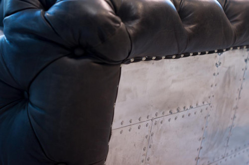 Le grand canapé chester aéro moutaigne noir