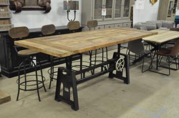 Table industrielle à manivelle avec Pied en fonte et Plateau en vieux Bois- 250x100 cm