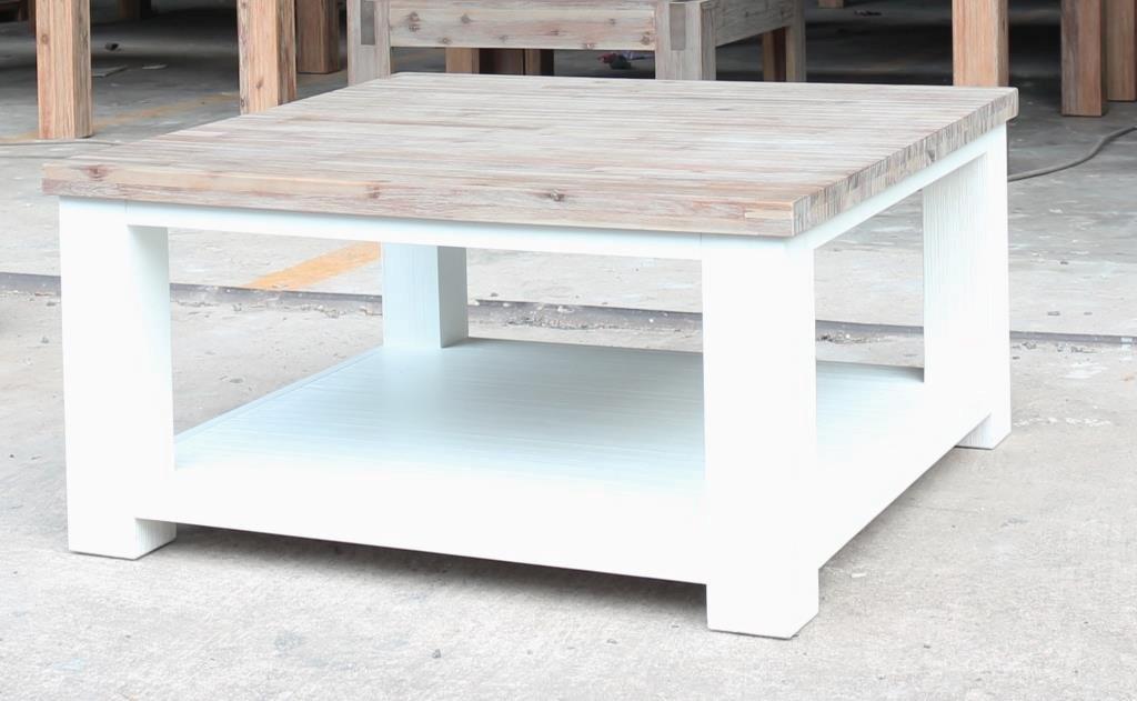 table basse verone 90x90 en acacia massif le d p t des docks. Black Bedroom Furniture Sets. Home Design Ideas