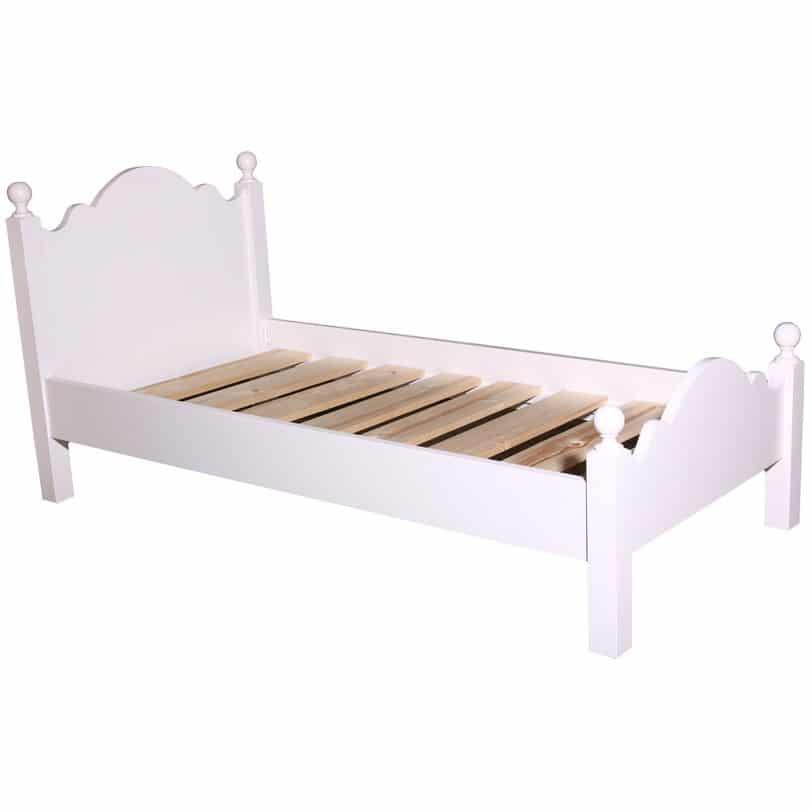 lit romantique romane le d p t des docks. Black Bedroom Furniture Sets. Home Design Ideas